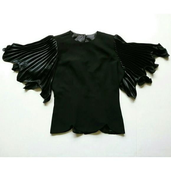 Samuel Scott Tops - Vintage Samuel Scott Black Flutter Sleeve Blouse